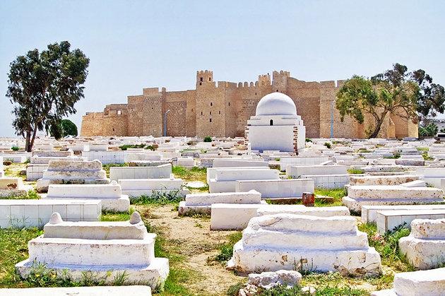 tunisia-monastir-cemetery